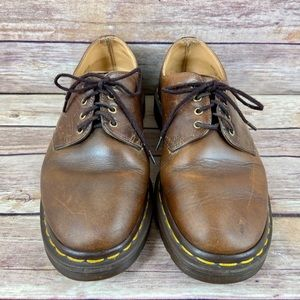 Dr. Martens Vintage Gibson Leather Oxford Shoes